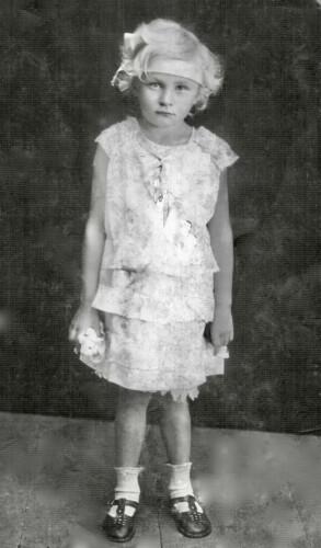 Лидия Гильда Вацке, 6 7 лет